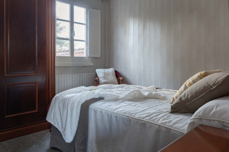 Fotografía de casa en venta en Betanzos. Fotos realizadas por Juan Amor para inmobiliaria Morando.es.  Home Staging.